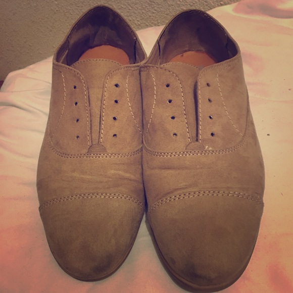 Dolce Vita Suede Shoes 95s Old Style
